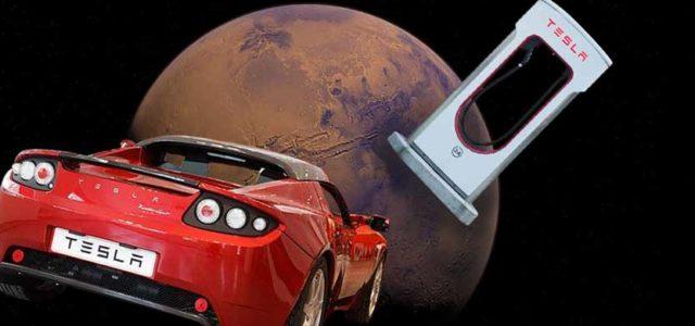 Tesla leti na Mars: SpaceX lansira raketu Falcon Heavy